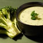 Deliciosa crema de brocoli y calabacín ¡Aquí la receta!