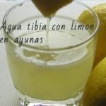 Beber limón con agua templada en ayunas