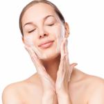 Recetas para hidratar su piel de manera natural