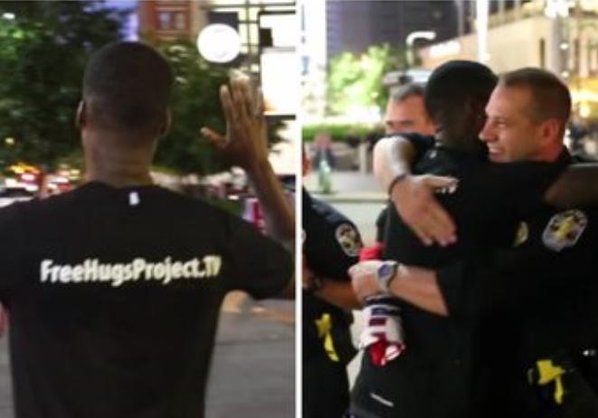 Este policía abrazo a este hombre por esto...